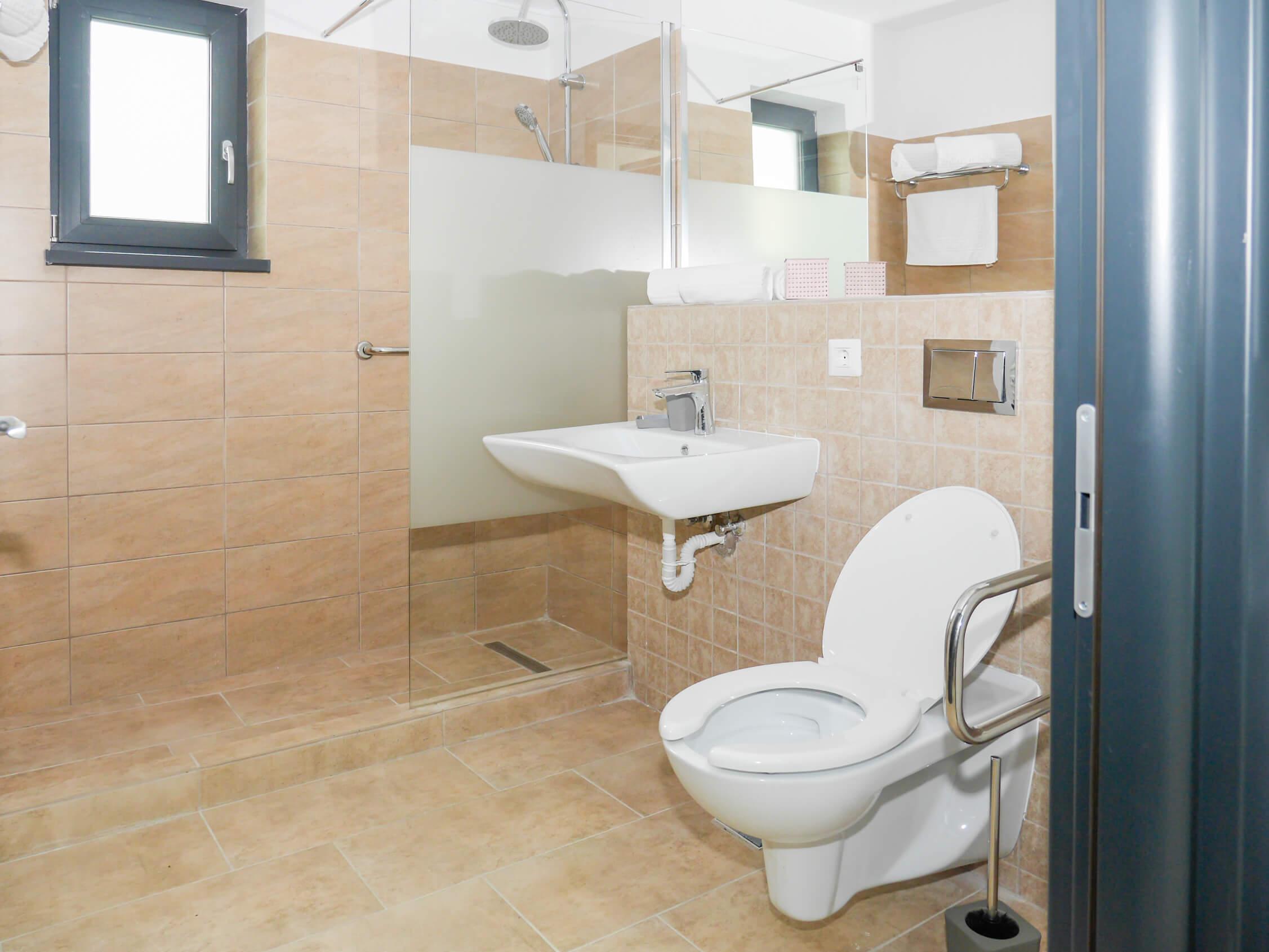 Clement Apartments - apartamente de inchiriat in regim hotelier - cazare neamt - cazare piatra neamt (1)