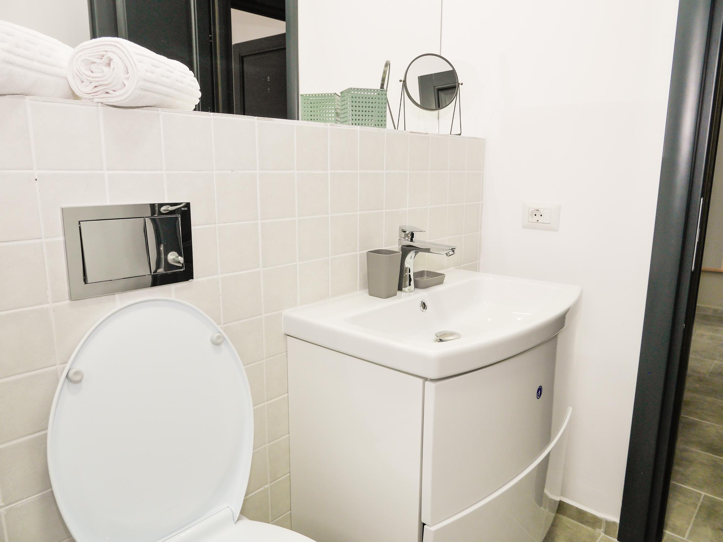 Clement Apartments - apartamente de inchiriat in regim hotelier - cazare neamt - cazare piatra neamt - apartament 9 (12)